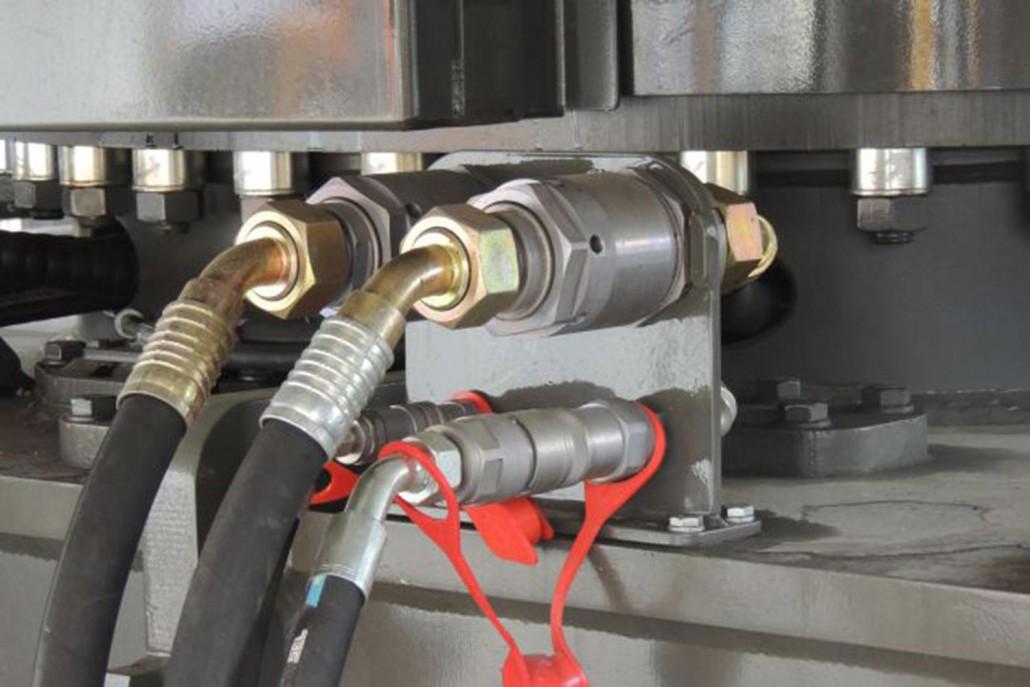 Ektennsa GmbH | English | Hydraulic hoses for Komatsu and